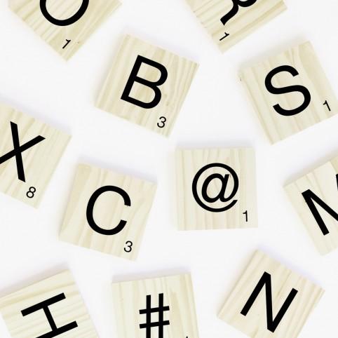 HIZKI wood letter